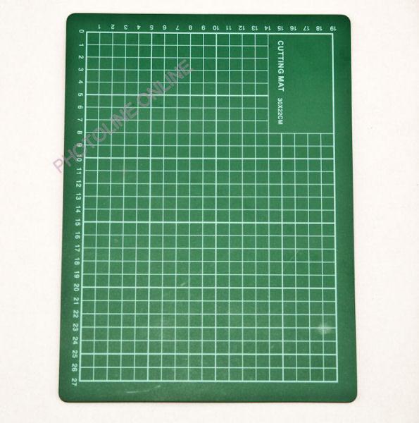 Öngyógyuló késél védő vágóalátét 30x22 cm