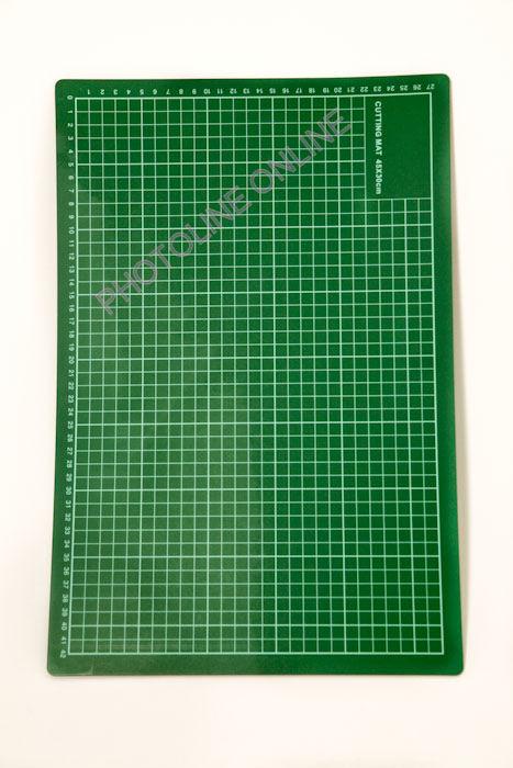 Öngyógyuló késél védő vágóalátét 30x45 cm