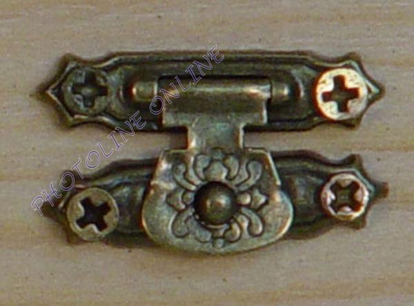 Záró kapocs + foglalat + csavarok, bronz, 1,5x2,5 cm