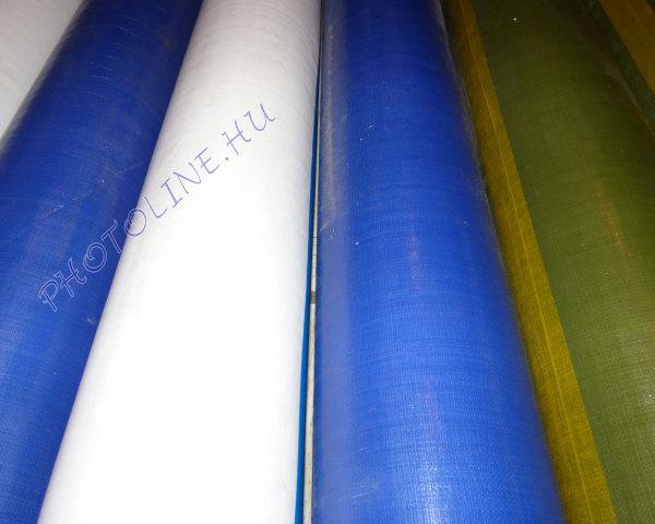 Vízálló ponyvaanyag, fehér, 240 gr/nm (205 cm széles)