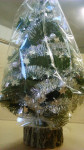 Fenyőfa - 36 cm, fatalpas, zöld fenyő, ezüst díszítéssel