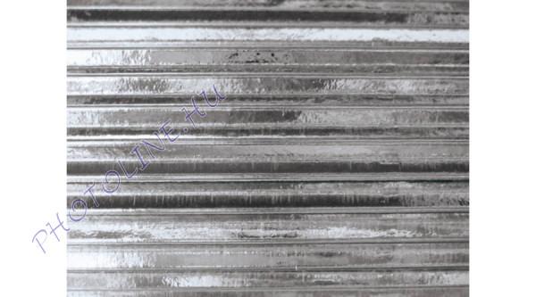 Hullámkarton 50x70 cm, metál ezüst